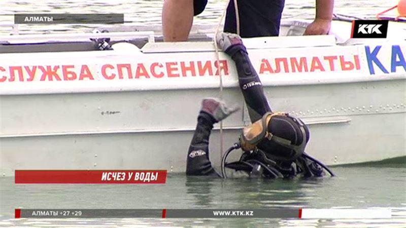 В озере Сайран ищут пропавшего алматинца