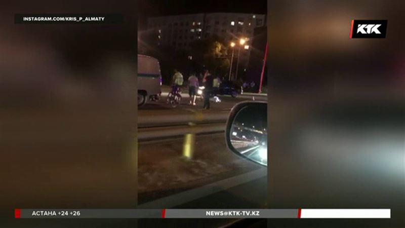 Очередное смертельное ДТП на Аль-Фараби в Алматы
