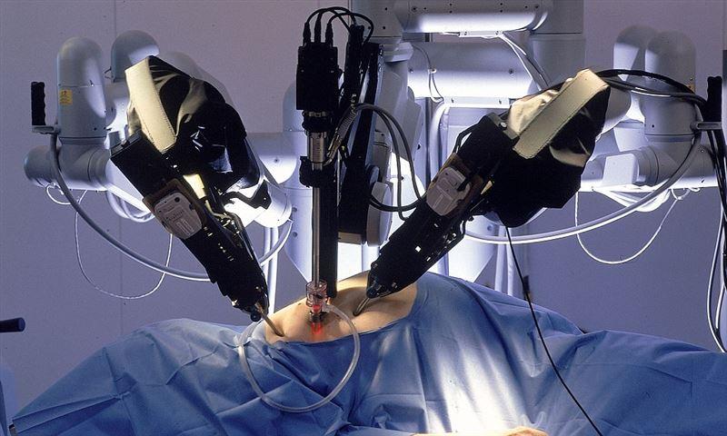 Әлемде тұңғыш рет  Өскеменде робототехника жүйесі арқылы ота жасалды