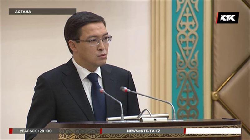 Акишев советует казахстанцам не искать выгоду от разницы курсов