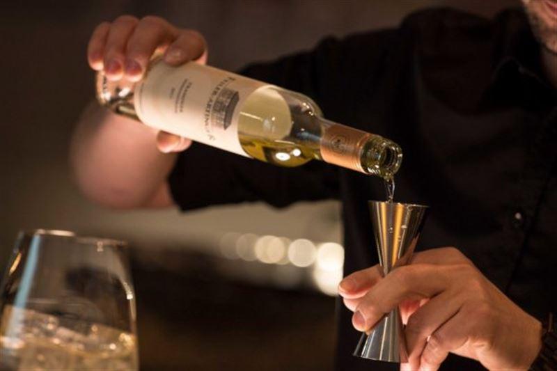 Ученые: увеличение дневной дозы алкоголя влияет на появление онкологии и сокращает жизнь