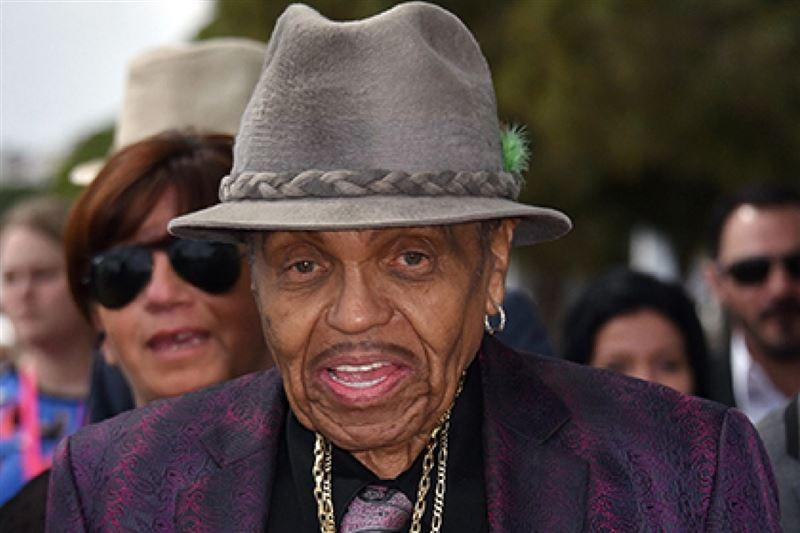 Отец знаменитого Майкла Джексона может умереть со дня на день