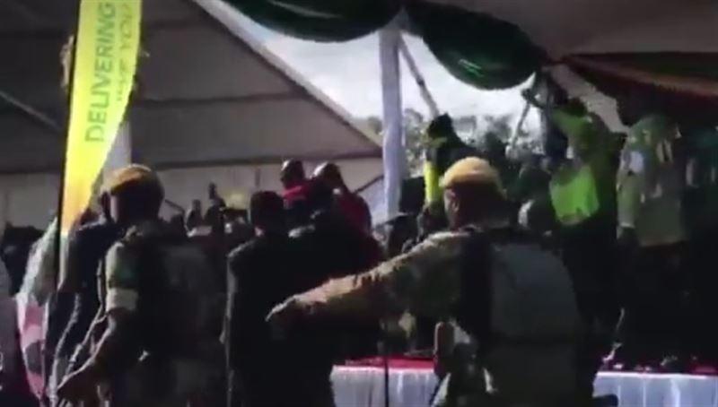В Зимбабве совершено покушение на президента Эммерсона Мнангагву