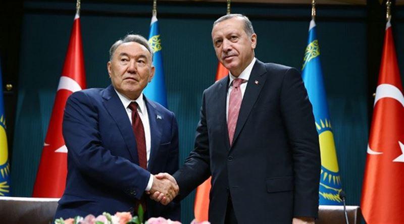 Назарбаев поздравил Эрдогана с переизбранием президентом Турции