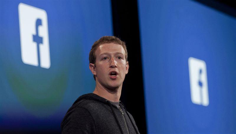 СМИ: инвесторы Facebook намерены выгнать Цукерберга из компании