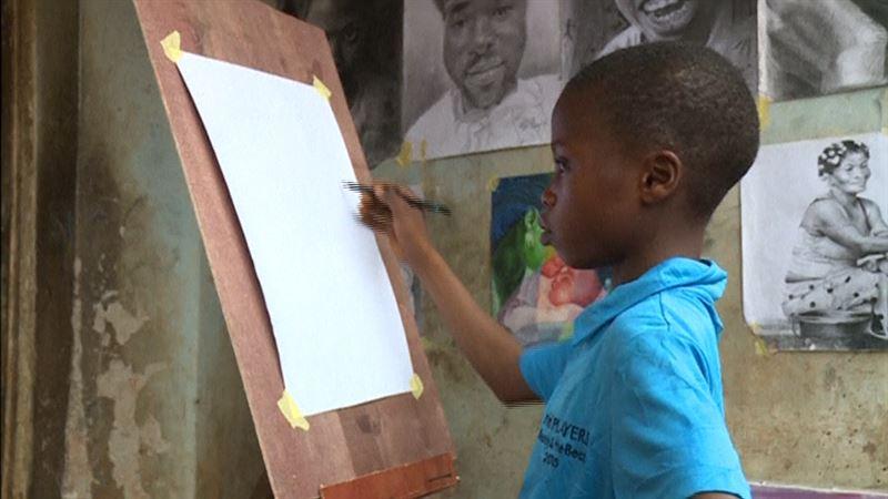 ВИДЕО: 11 жастағы нигериялық бала сенсация тудырды