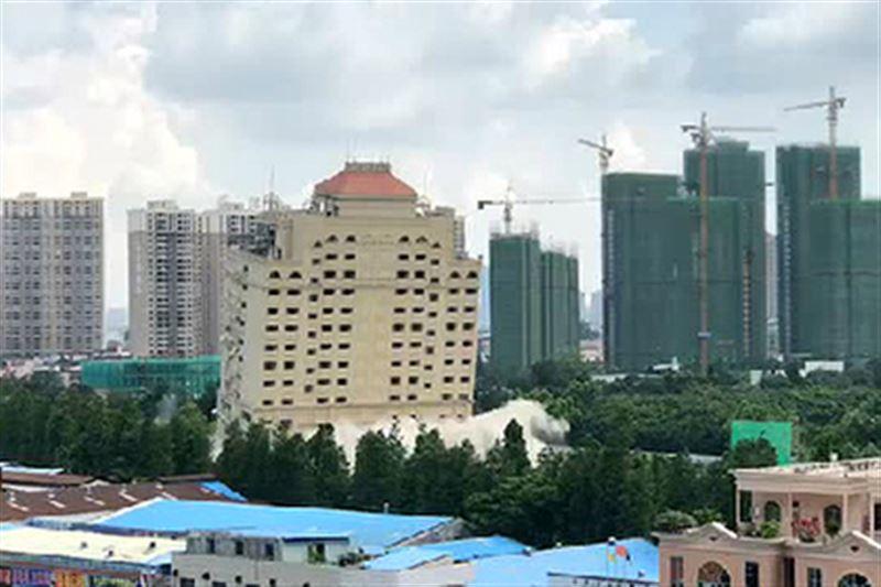 15-этажный отель в Китае был уничтожен за десять секунд