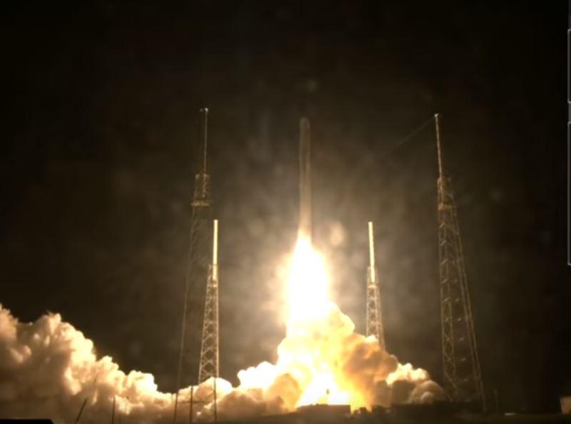 SpaceX запустила на МКС робота-помощника с искусственным интеллектом