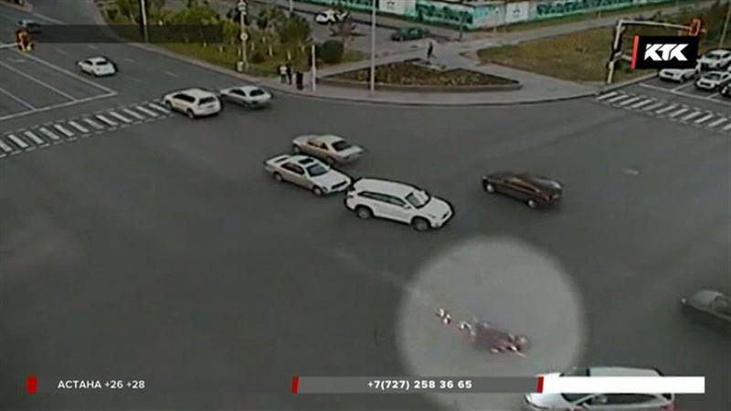 Олжас Сүлейменовтың немересі көз жұмған жол апатының видеосы пайда болды