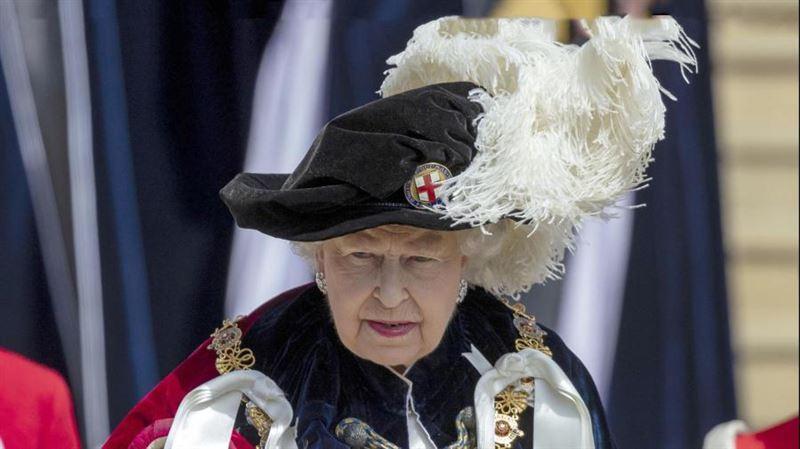 Британские власти отрепетировали сценарий на случай смерти Елизаветы II