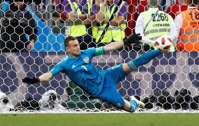 Подборка самых ярких мемов о победе сборной России над Испанией