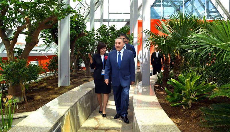 Президент посетил Ботанический сад на левобережье Астаны