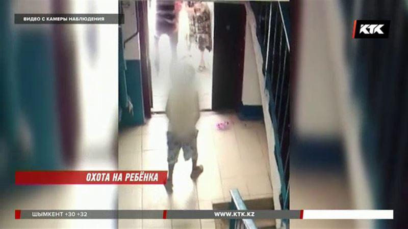 На ребенка напали средь бела дня в подъезде шымкентской пятиэтажки