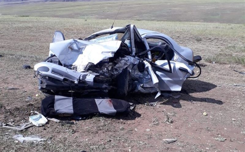 Жуткая авария в Алматинской области унесла жизни пятерых человек