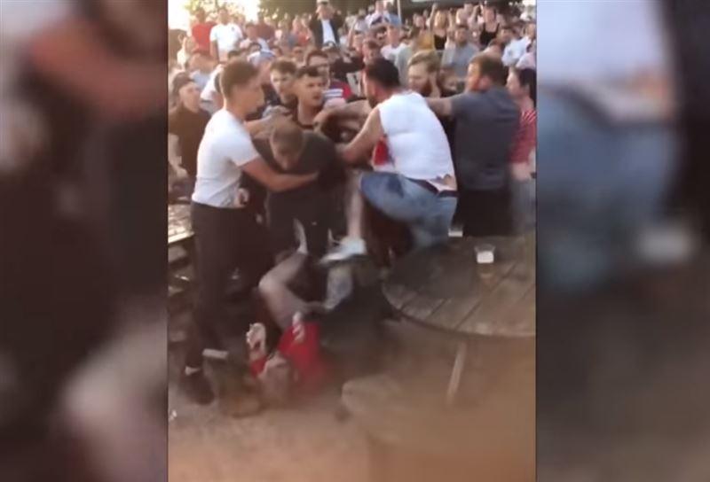В одном из британских пабов завязалась драка между болельщиками ЧМ-2018