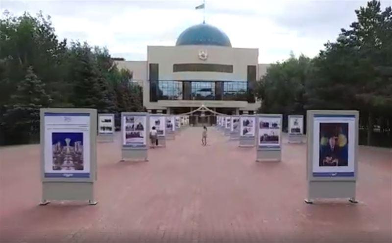 Выставка с уникальными фотографиями Нурсултана Назарбаева открылась в Астане