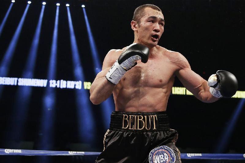 ВИДЕО: Бейбіт Шүменов түрік боксшысын жеңіп, WBA белдігін иеленді