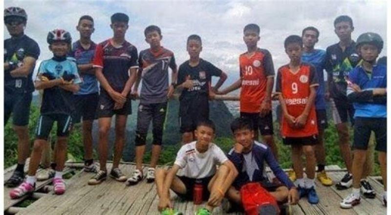 В Таиланде решили остановить операцию по спасению детей из пещеры