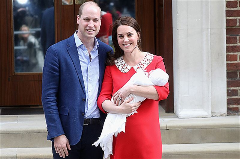 Кенсингтонский дворец опубликовал видео с крестин принца Луи
