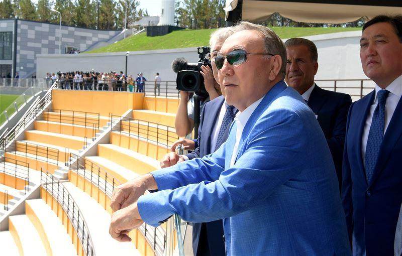 Президент Казахстана ознакомился с Республиканской базой лыжного спорта