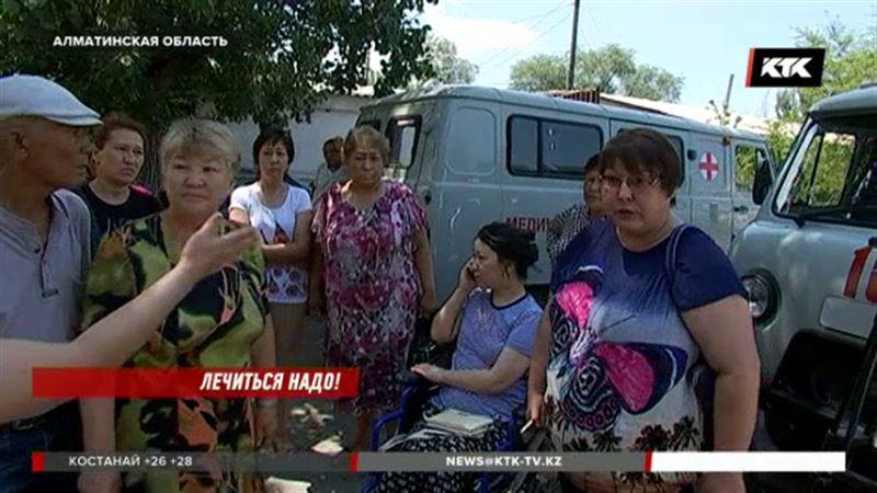 Жители алматинского села требуют сменить руководство больницы, где погибли трое мужчин