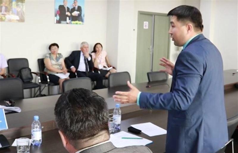 Начальница районного отдела культуры может потерять работу за некультурное поведение