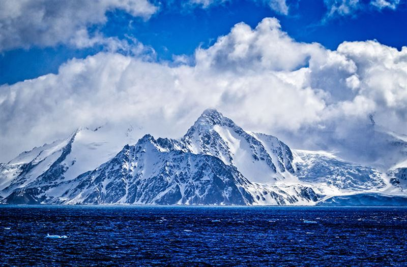 Ученые: В небе над Антарктидой больше нет опасной озоновой дыры
