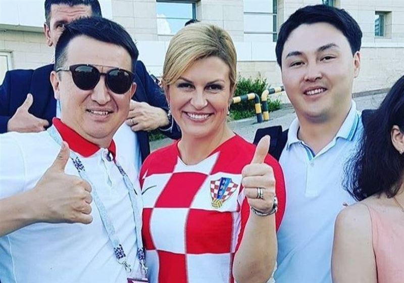 Президент Хорватии согласилась сфотографироваться с казахстанскими болельщиками