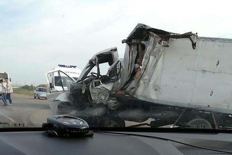 Қарағанды-Теміртау жолында жүк көліктері соқтығысты