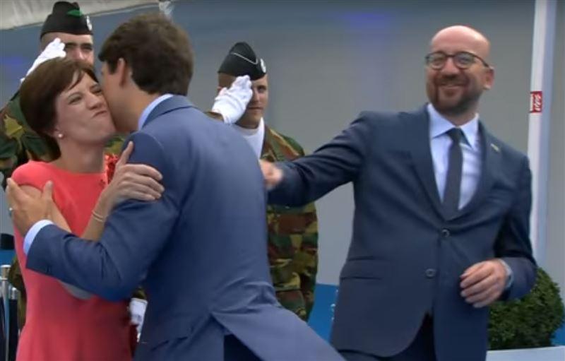 Пользователи Сети раскритиковали поцелуй Трюдо с женой бельгийского премьера