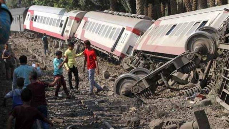В Египте в результате схождения поезда с рельсов пострадали 55 человек