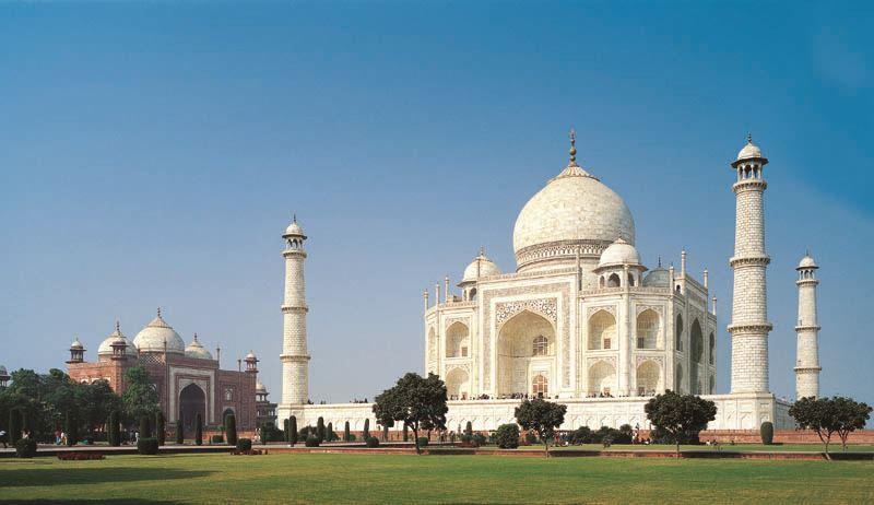 Мавзолей Тадж-Махал могут снести по решению Верховного индийского суда
