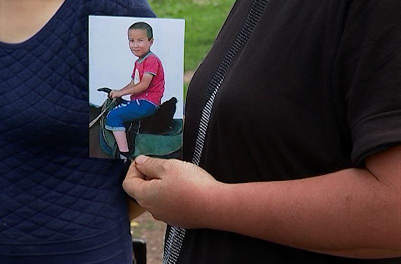 Спасатели разыскивают семилетнего мальчика в горах Алматинской области