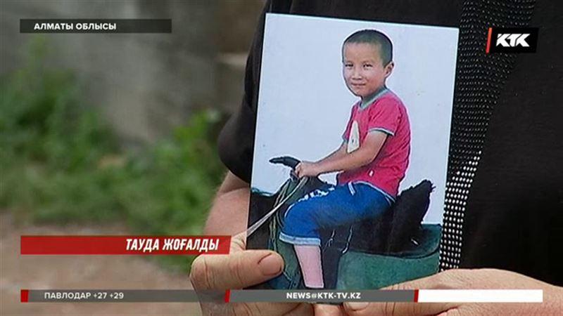 Алматы облысында тауға шығып із-түссіз кеткен баланы қасақана ұстап отыруы мүмкін