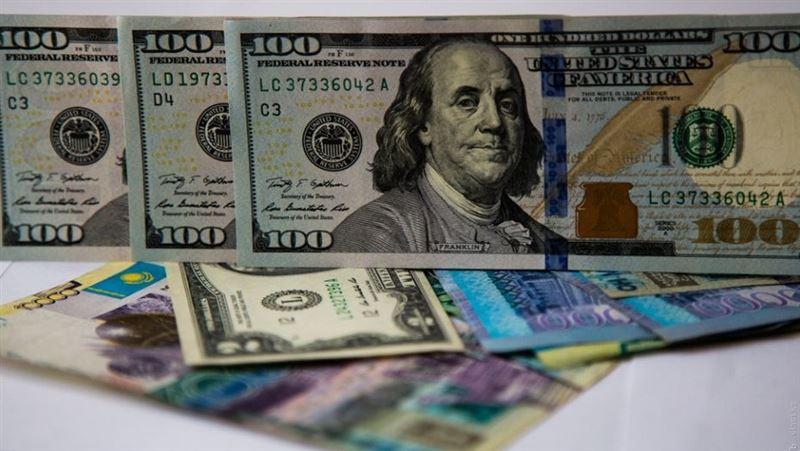 На утренней сессии курс доллара составил 344,18 тенге