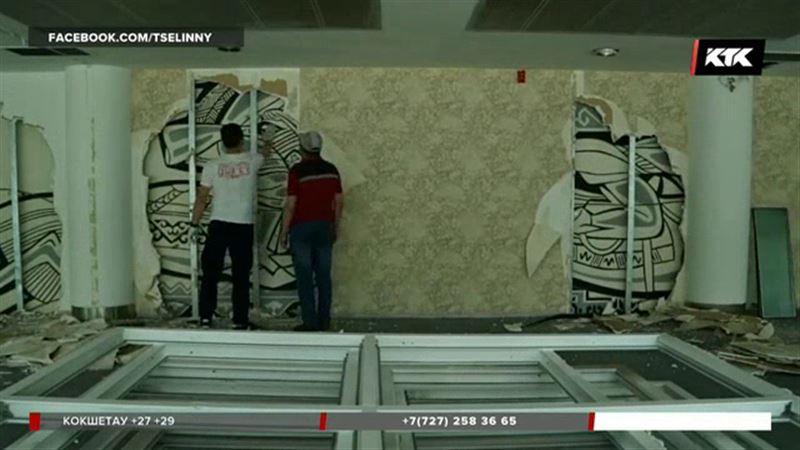 Творение Евгения Сидоркина обнаружили под гипсокартоном