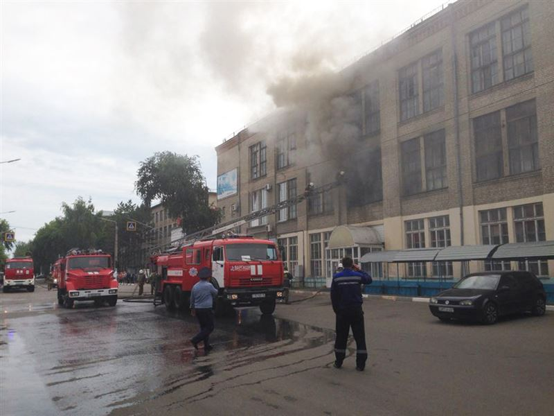 Коммунальный рынок в Петропавловске охватило огнем