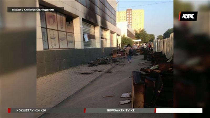 В Караганде задержали поджигателя мебельного салона