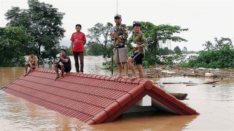 Более 6 500 человек остались без жилья после прорыва дамбы в Лаосе