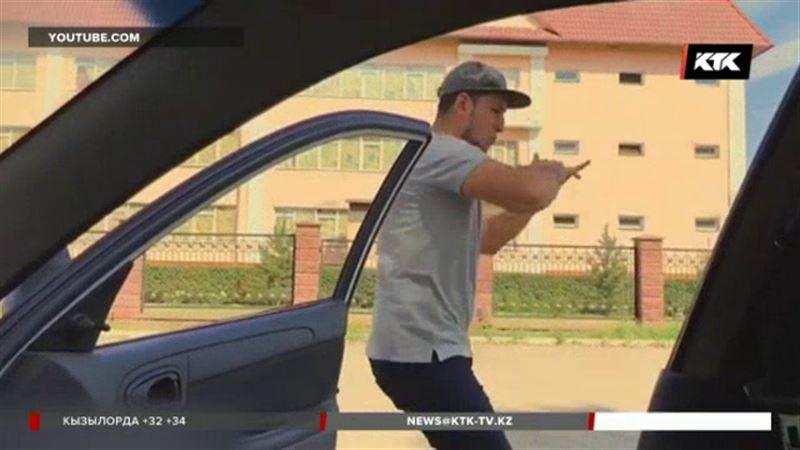 Танцы у авто стали популярны и в Казахстане