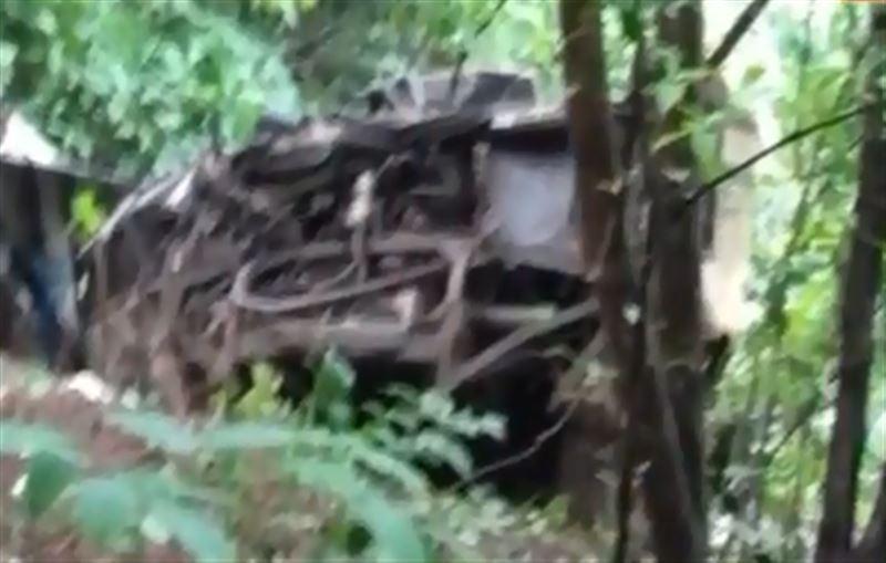 В Индии автобус со студентами рухнул в ущелье. Есть жертвы