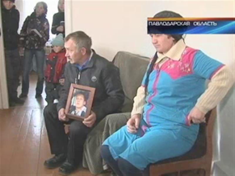Родные погибшего школьника заявили, что подозревают педагога в педофилии