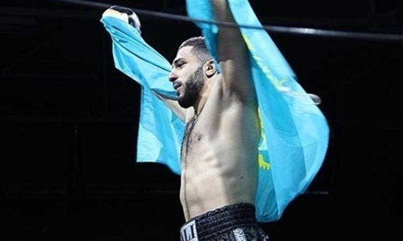 АҚШ-та үш қазақстандық боксшы жеңіске жетті