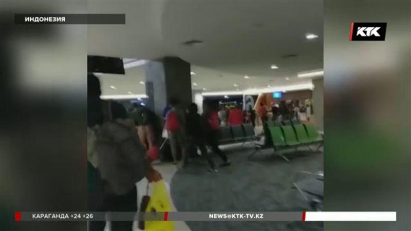 Число жертв землетрясения в Индонезии увеличилось