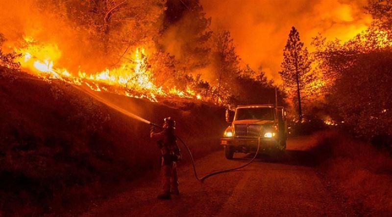 Лесной пожар на севере Калифорнии стал крупнейшим в истории штата