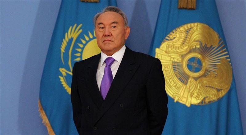 Нурсултан Назарбаев переговорил по телефону с Жээнбековым и Пашиняном