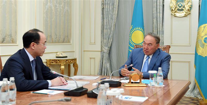 Нурсултан Назарбаев провел встречу с генеральным прокурором Кайратом Кожамжаровым
