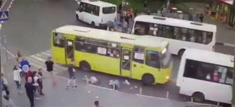В Подмосковье автобус проехал по людям на пешеходном переходе