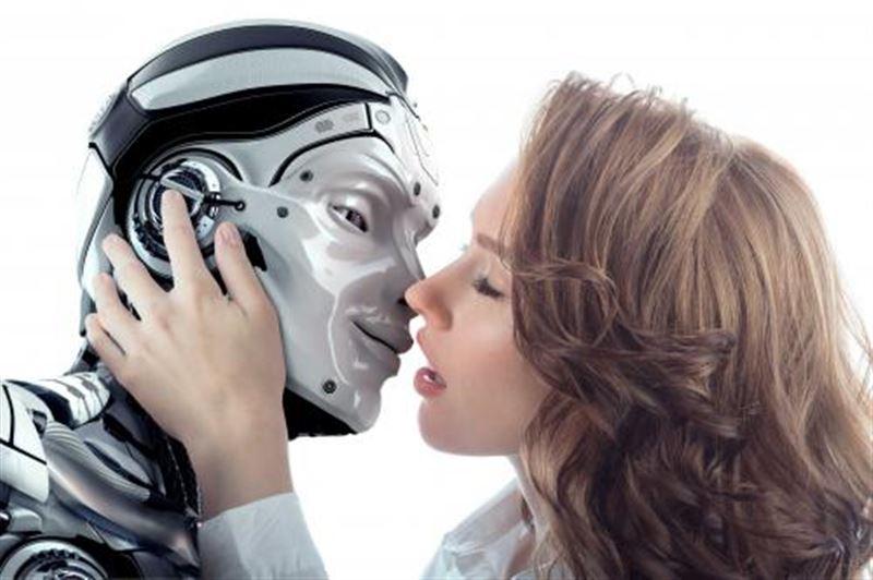 Эксперты: секс-роботы способны улучшить жизнь в браке