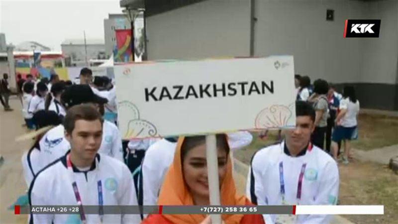 Казахстанский флаг подняли в Индонезии